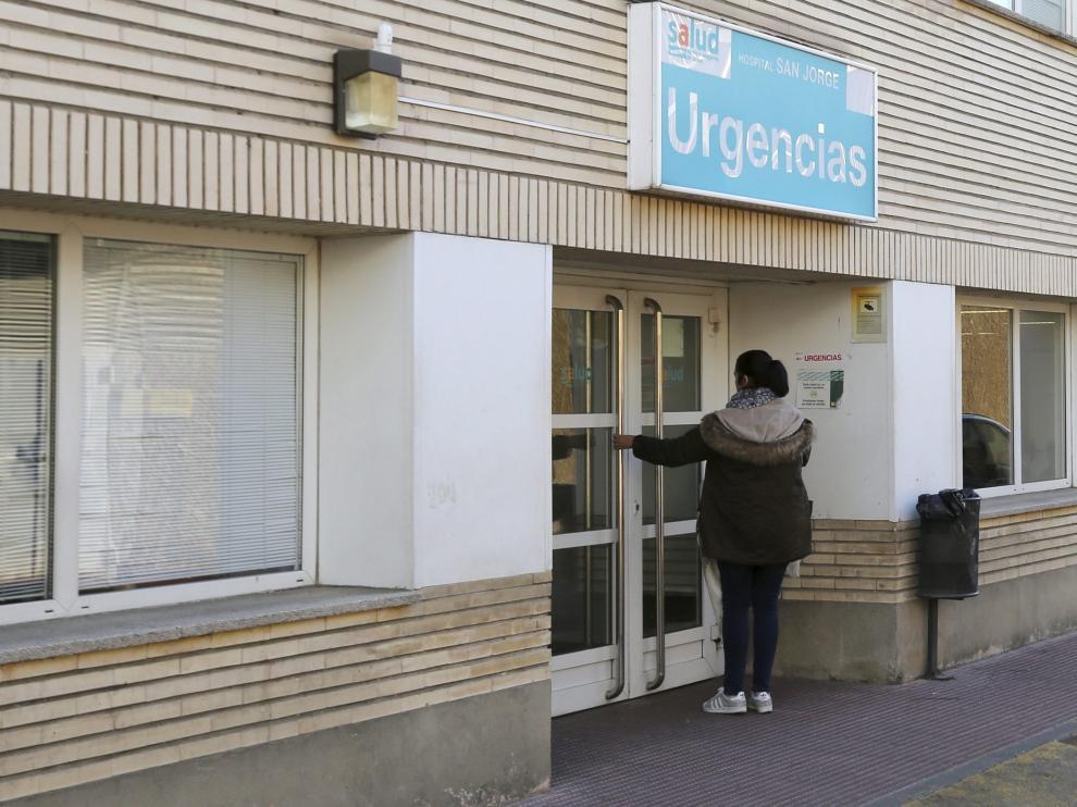 Foto de archivo del acceso a las Urgencias del hospital San Jorge de Huesca.