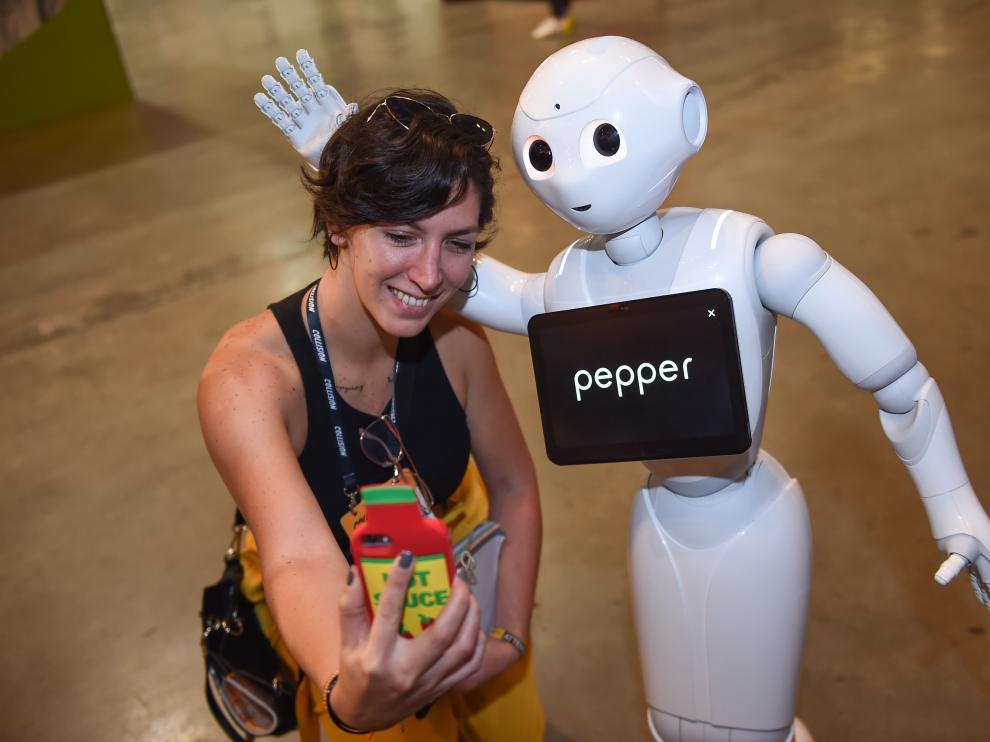 Pepper es el primer robot emocional comercial.