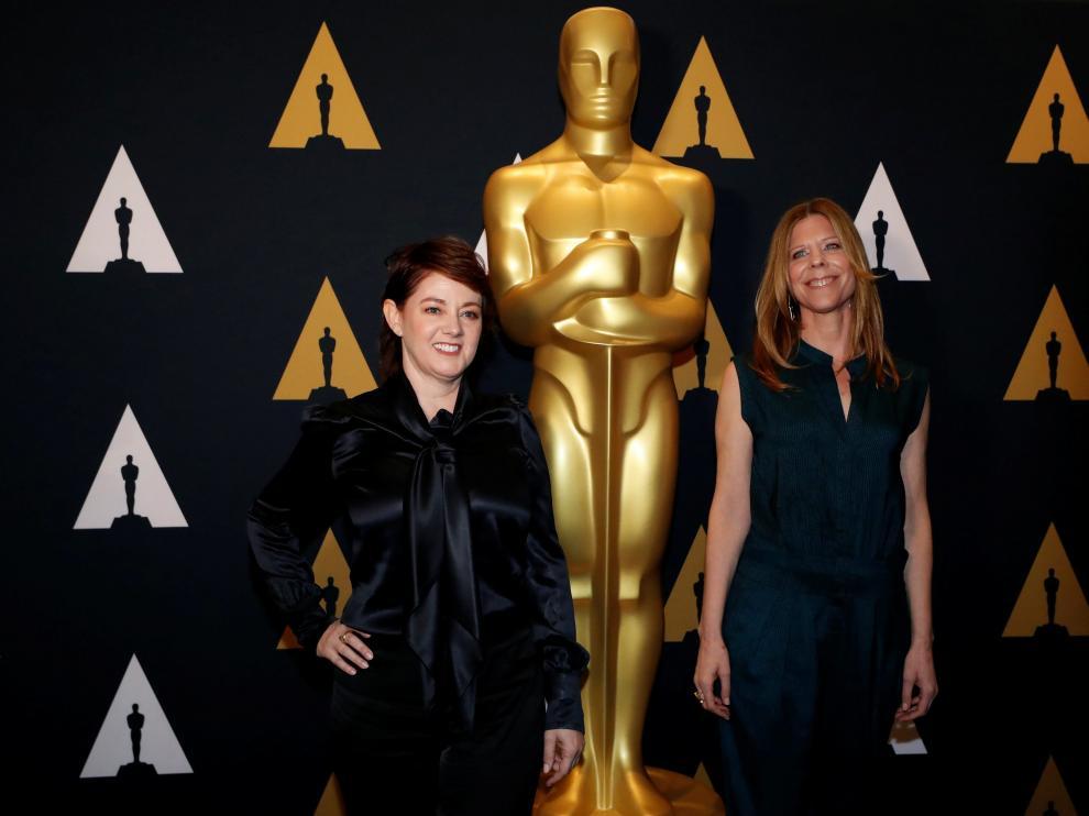 Dos de las nominadas al premio por el corto documental en un de los actos previos a la gala del domingo
