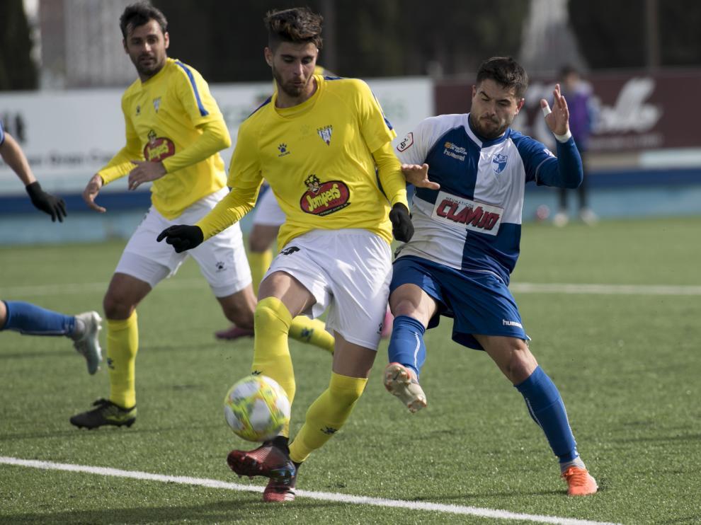 Fútbol. Segunda B- CD Ebro vs. SD Ejea.