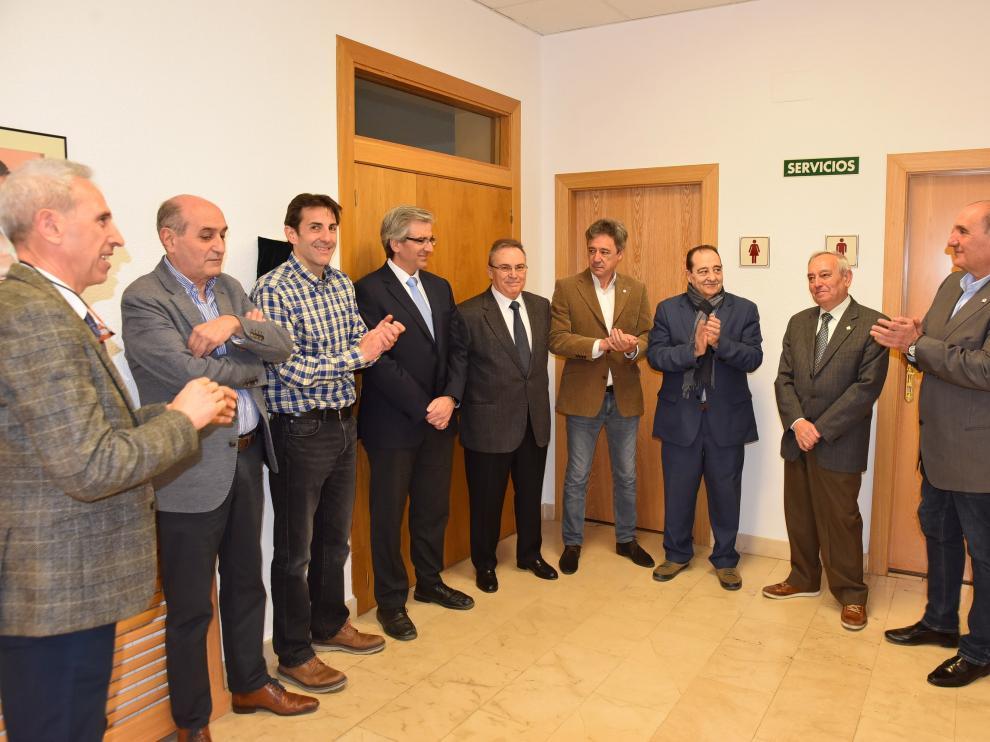 El acto se ha celebrado en la sede de la CEOS con la presencia de varios de los expresidentes.