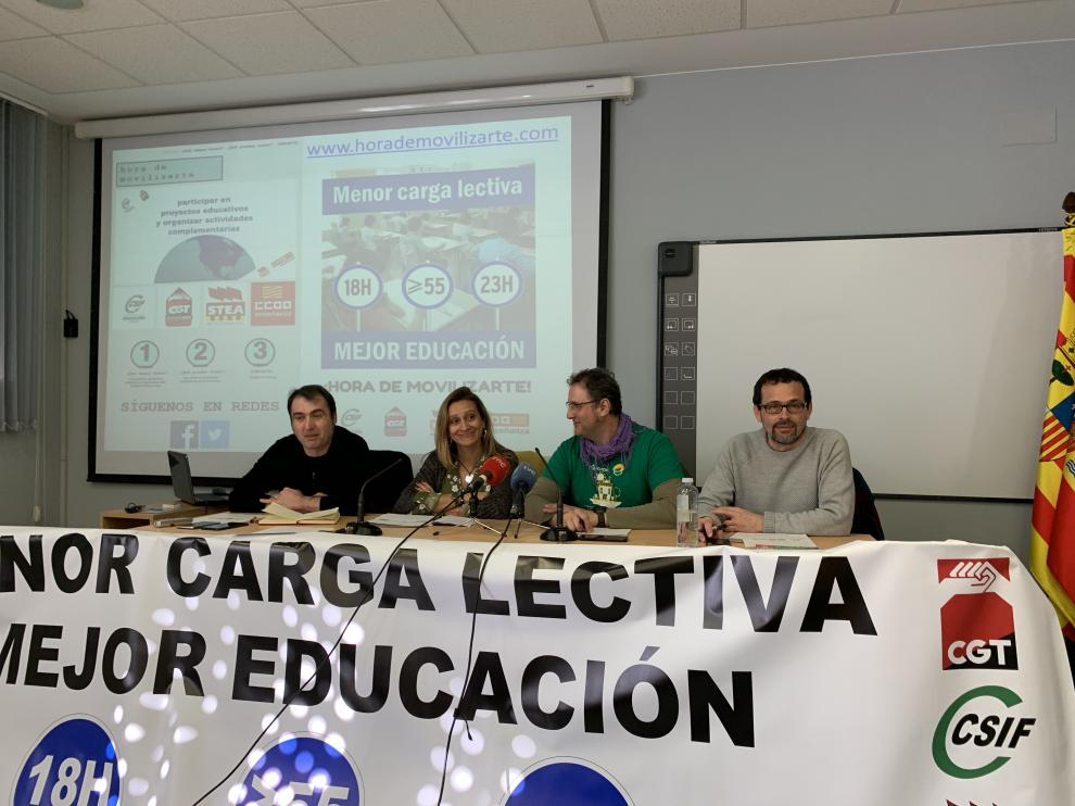 José Manuel Ágreda (CGT), Mónica de Cristóbal (CSIF), Guillermo Herraiz (CC. OO.) y Tomás Sancho (STEA).