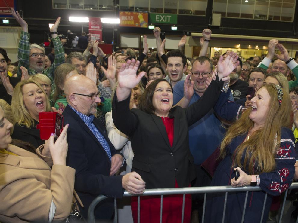 La líder del Sinn Féin, Mary Lou McDonald, este domingo en Dublín.