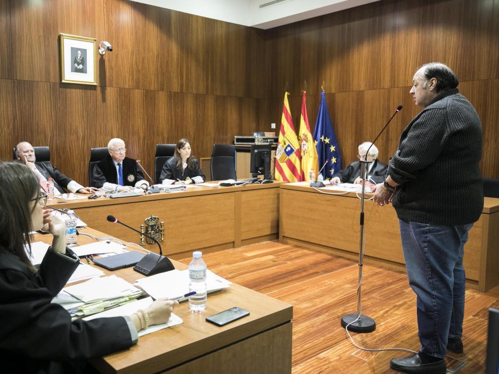 El acusado, durante el juicio celebrado el pasado 24 de abril en la Audiencia de Zaragoza