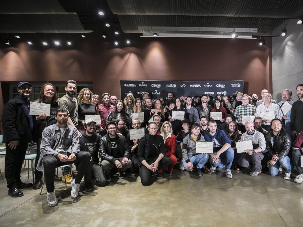 Foto de familia de los nominados, ayer, en el acto celebrado en el Espacio Ambar