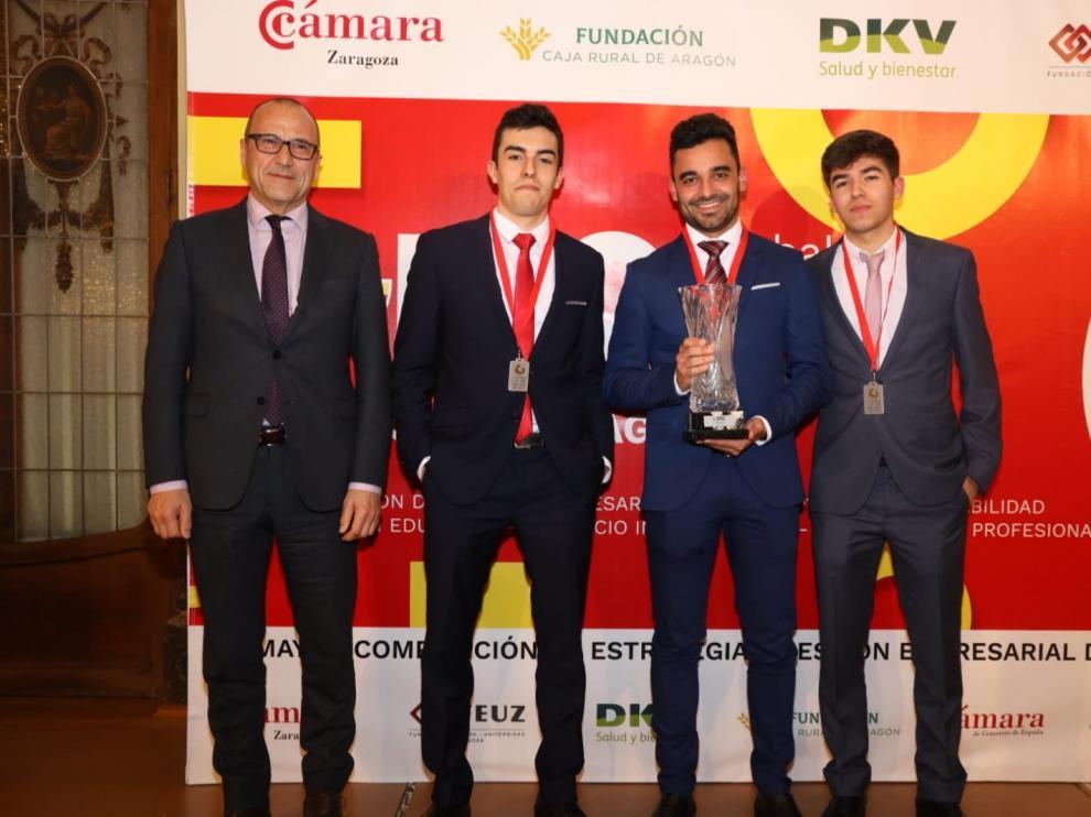 El equipo JEM, formado por los alumnos de la Universidad de Zaragoza Jaime Ramos, Eneko Marcos y Miguel Magreñán