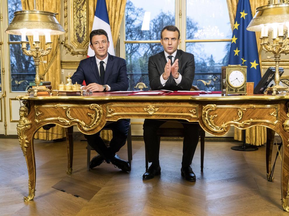 El candidato francés junto a Macron
