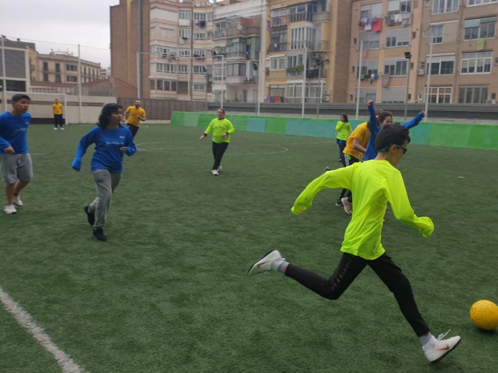 Hoy alumnos ciegos de La Rioja, Catalunya, Aragón y Baleares, disfrutan de la Fiesta del Deporte en la Sede de la ONCE en Cataluña.