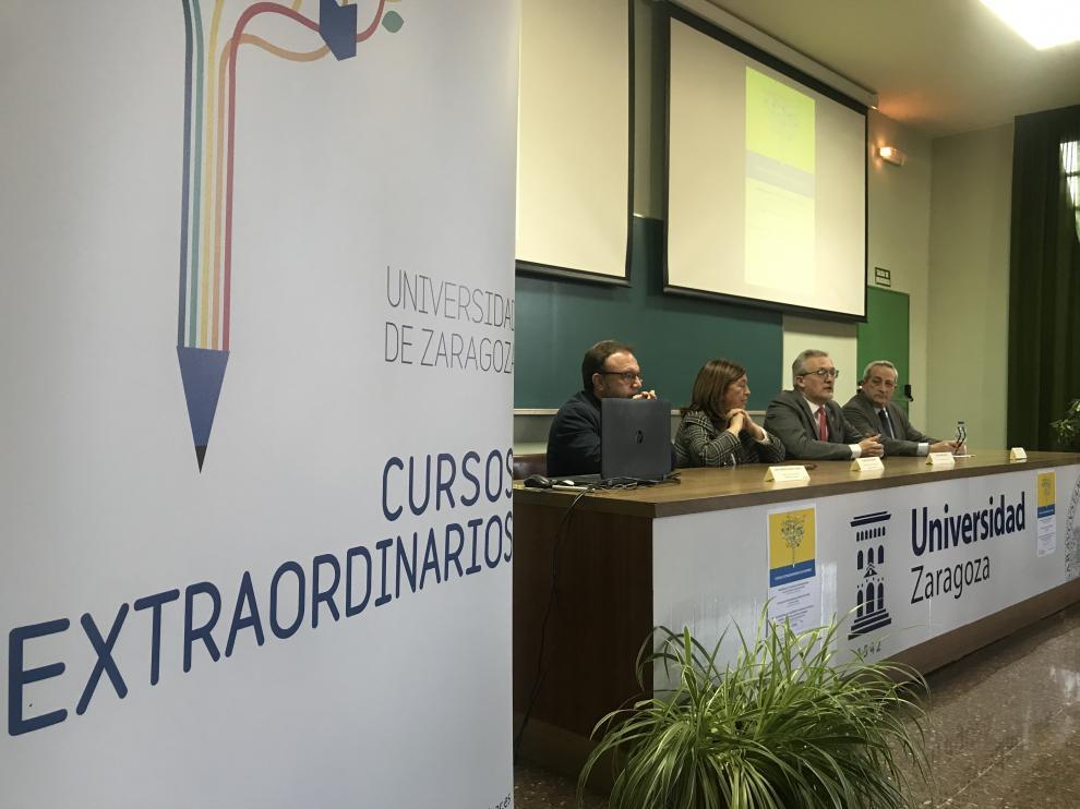 Inauguración de los Cursos Extraordinarios de invierno en Jaca.