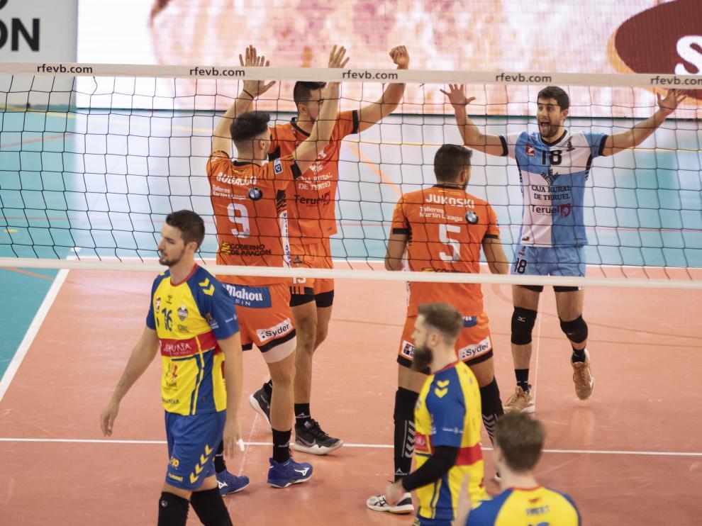 Partido de superliga de Voleibol entre C V Teruel y Ushuaia de Ibiza. Foto Antonio Garci/bykofoto. 01/02/20 [[[FOTOGRAFOS]]] [[[HA ARCHIVO]]]