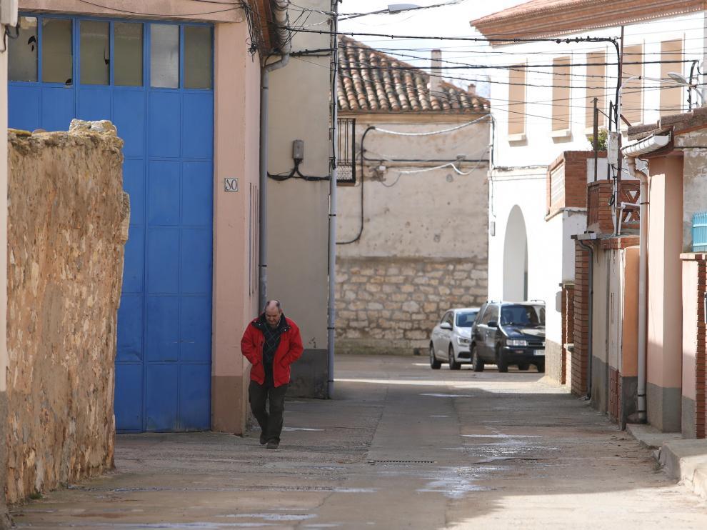 Una calle de Perales del Alfambra.