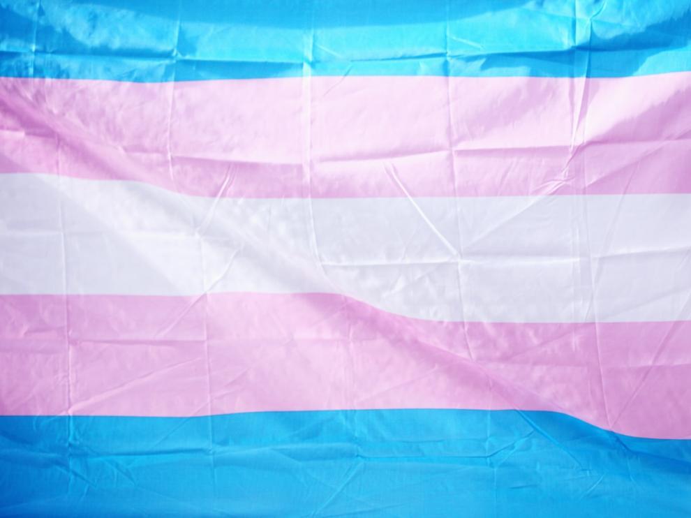 Bandera trans.