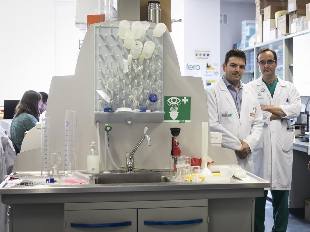 Alberto Jiménez Schuhmacher, José Ramón Paño y Victoria Pueyo, esta semana en el IISA.