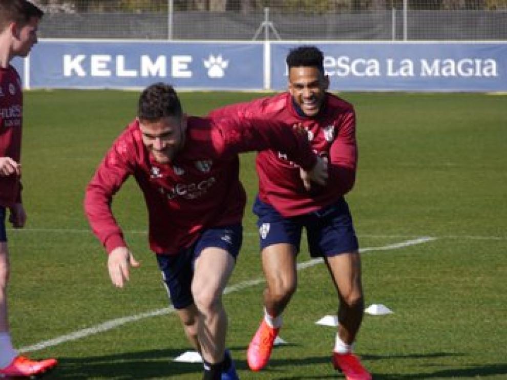 Javi Galán y Mboula, durante el entrenamiento de este sábado.