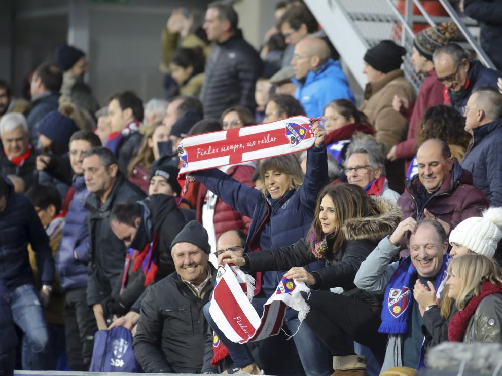Aficionados de la SD Huesca durante un encuentro reciente en ElAlcoraz.