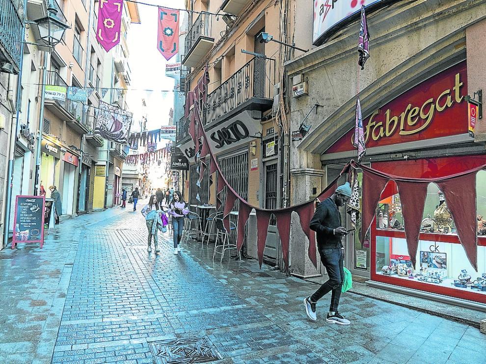 limpieza de las calles de Teruel tras la fiesta de las bodas de Isabel. Foto Antonio Garcia/bykofoto. 24/02/20 [[[FOTOGRAFOS]]]