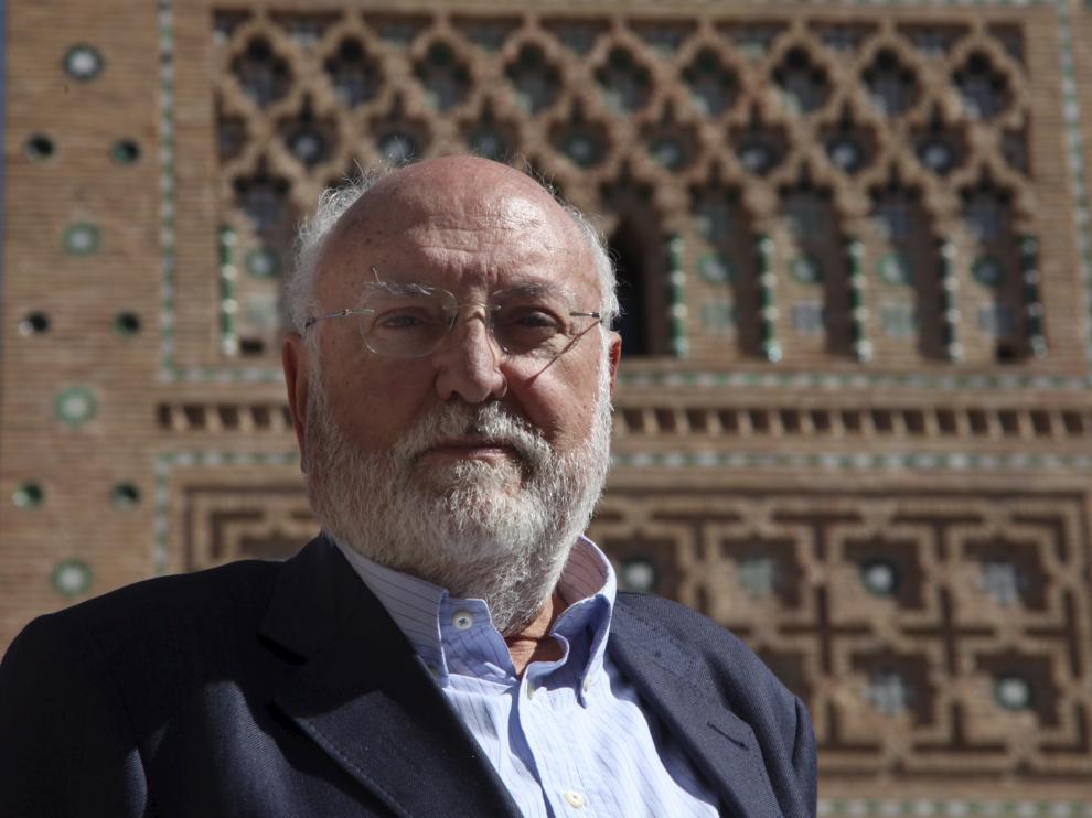 El profesor gonzalo Borras en Teruel. Foto Antonio garcia. 01-10-10 [[[HA ARCHIVO]]]