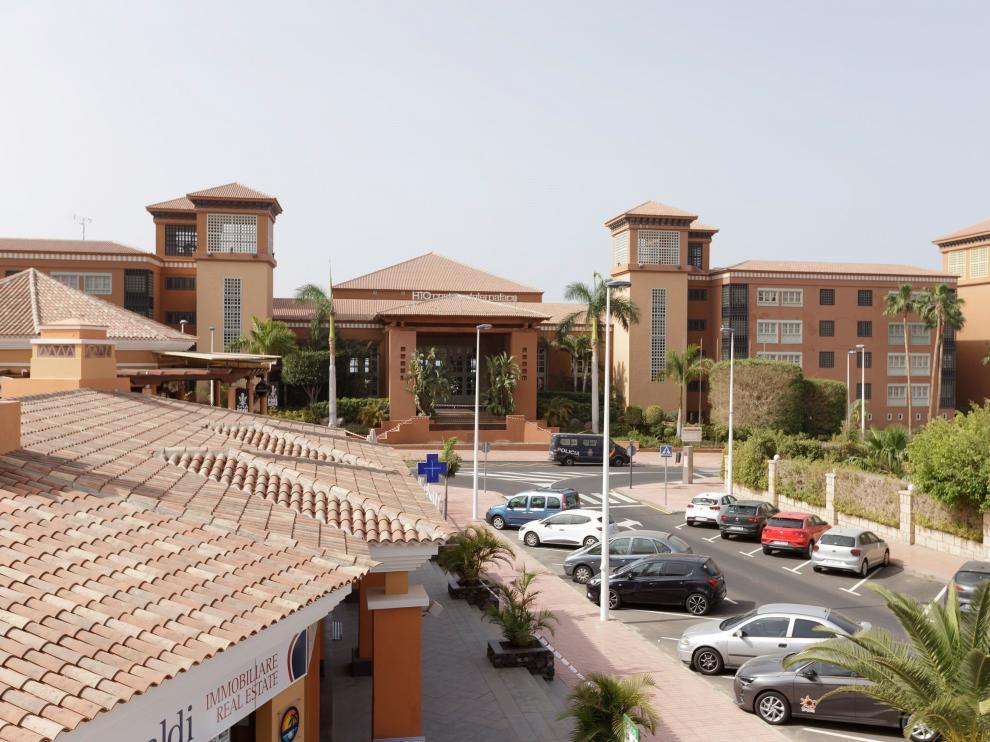 Clientes del hotel del italiano en Tenerife, controlados en espera de pruebas