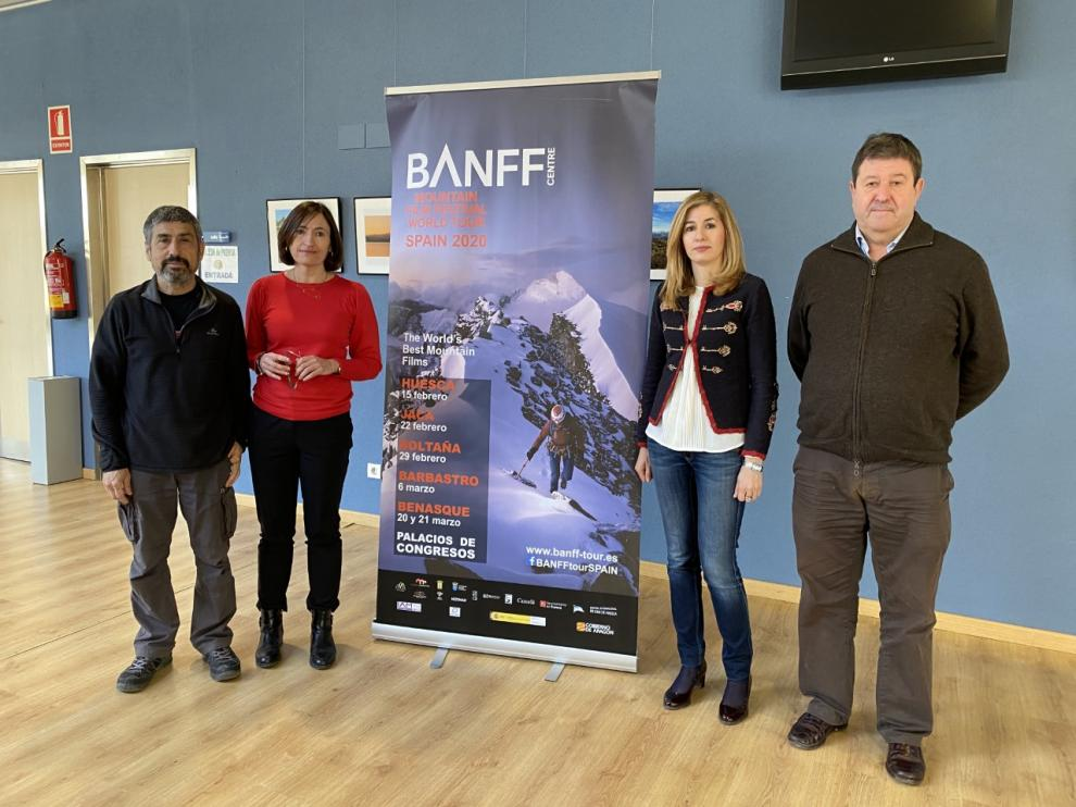 Jesús Bosque, Ana Escartín, Belinda Pallás y José Masgrau, en la presentación del BANFF Mountain Film Festival World Tour Spain