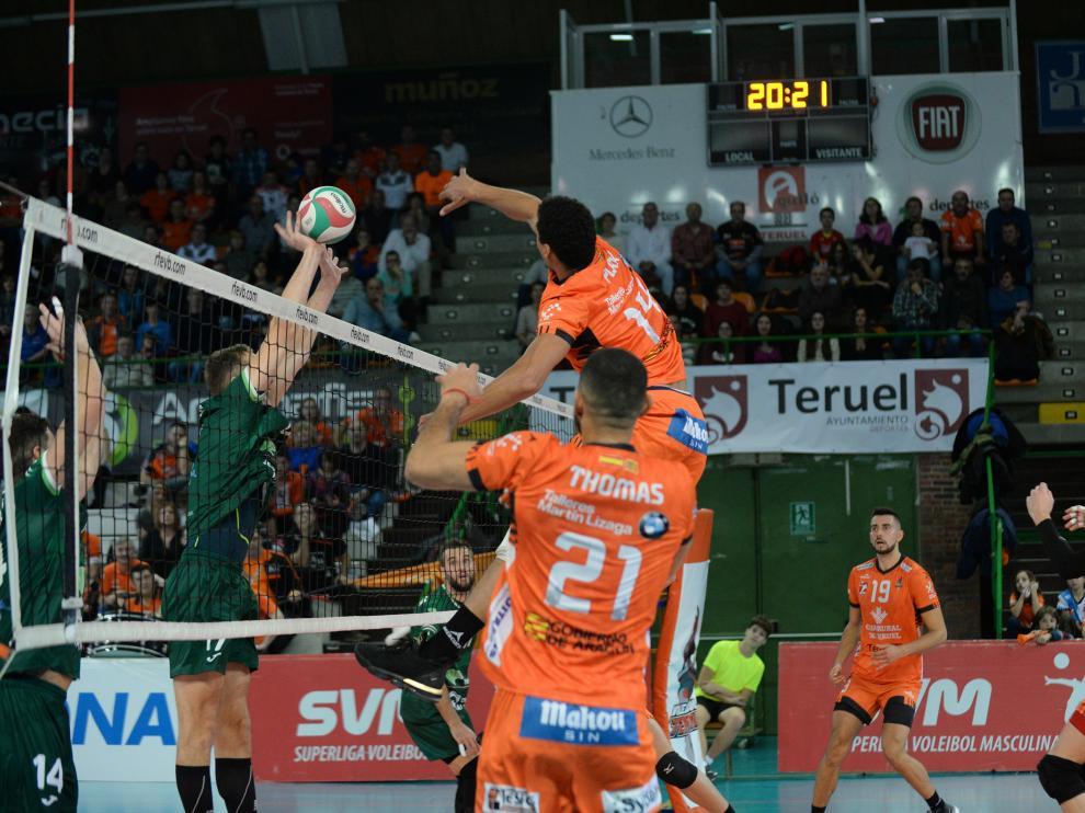 Voleibol Club Voleibol Teruel - Unicaja Almeria /2019-11-30/ Foto: Jorge Escudero [[[FOTOGRAFOS]]] [[[HA ARCHIVO]]]