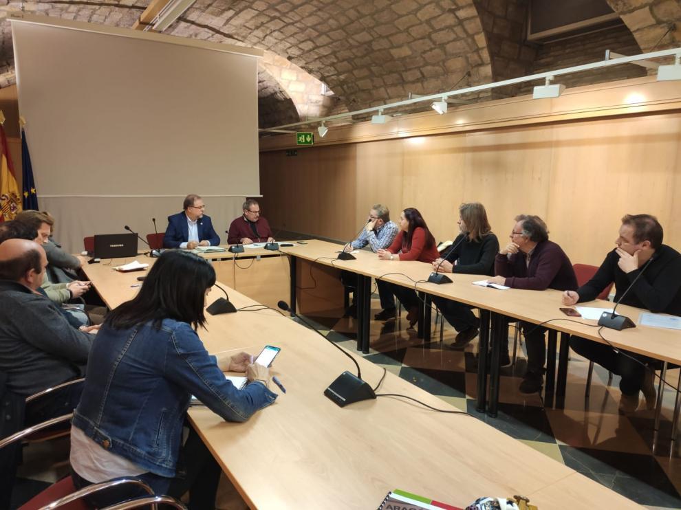 Reunión informativa de la DGA con alcaldes y representantes de los municipios de la Mancomunidad de las Altas Cinco Villas