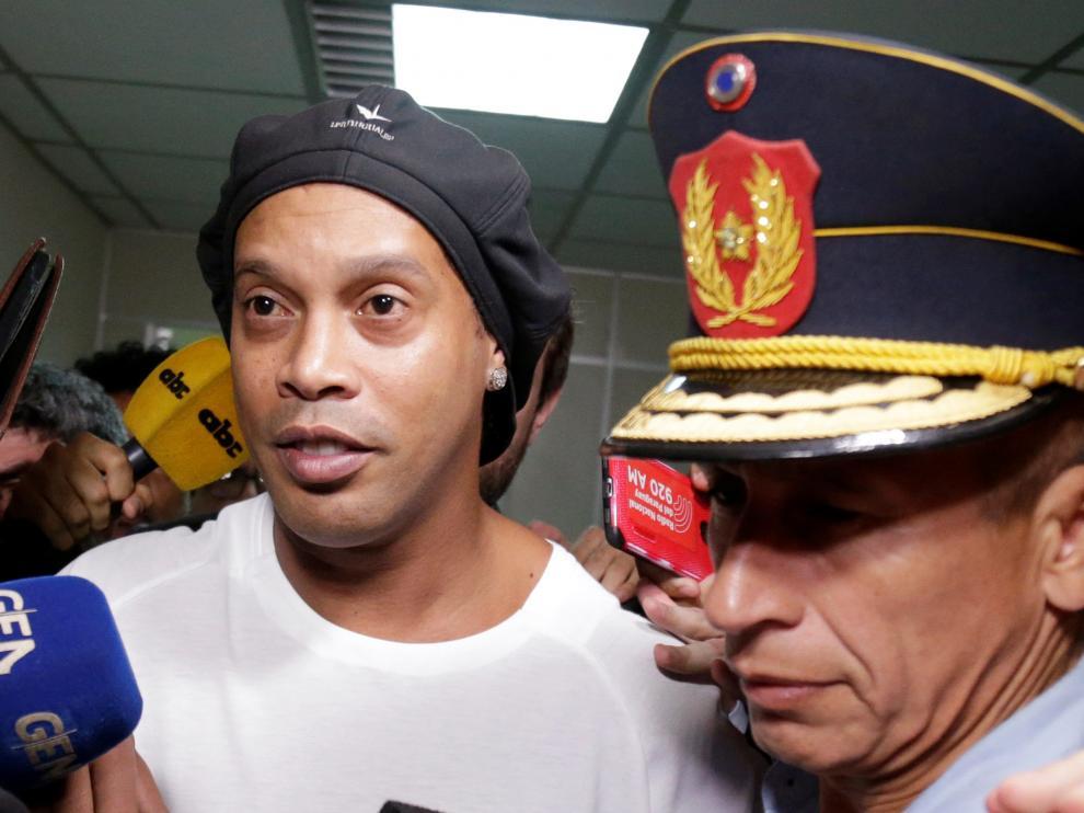 Ronaldinho, tras declarar ante el juez