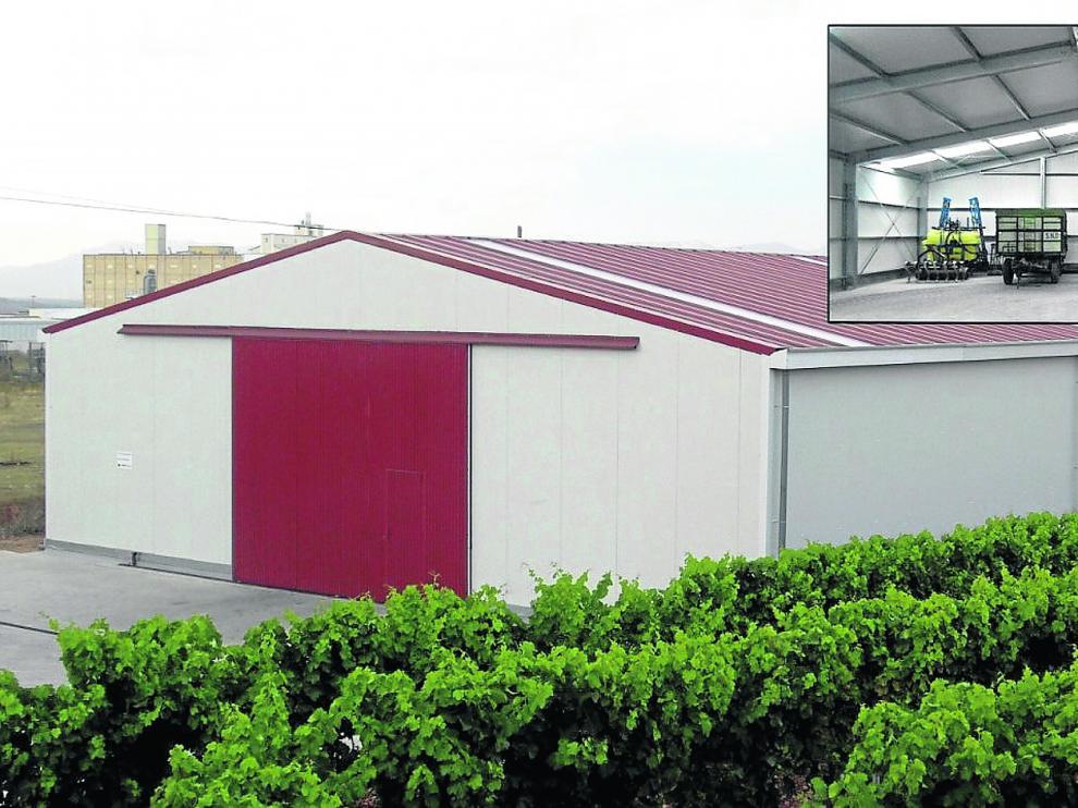 Una de las naves dedicadas a uso agrícola e instalada en La Rioja, diseñada y fabricada por la empresa aragonesa Mekanaves.