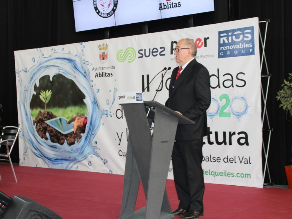 El secretario de la Junta Central de Usuario, Ángel Aznar, durante la presentación de la jornada.