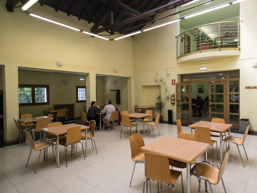 Imagen de la cafetería del centro de mayores Laín Entralgo, en el paseo de la Mina.