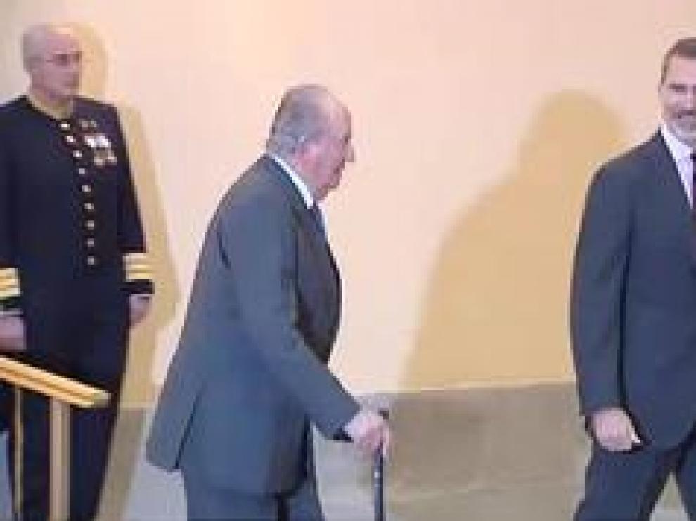 Don Juan Carlos deja de percibir la asignación que tiene fijada en los Presupuestos de la Casa de S.M. el Rey.
