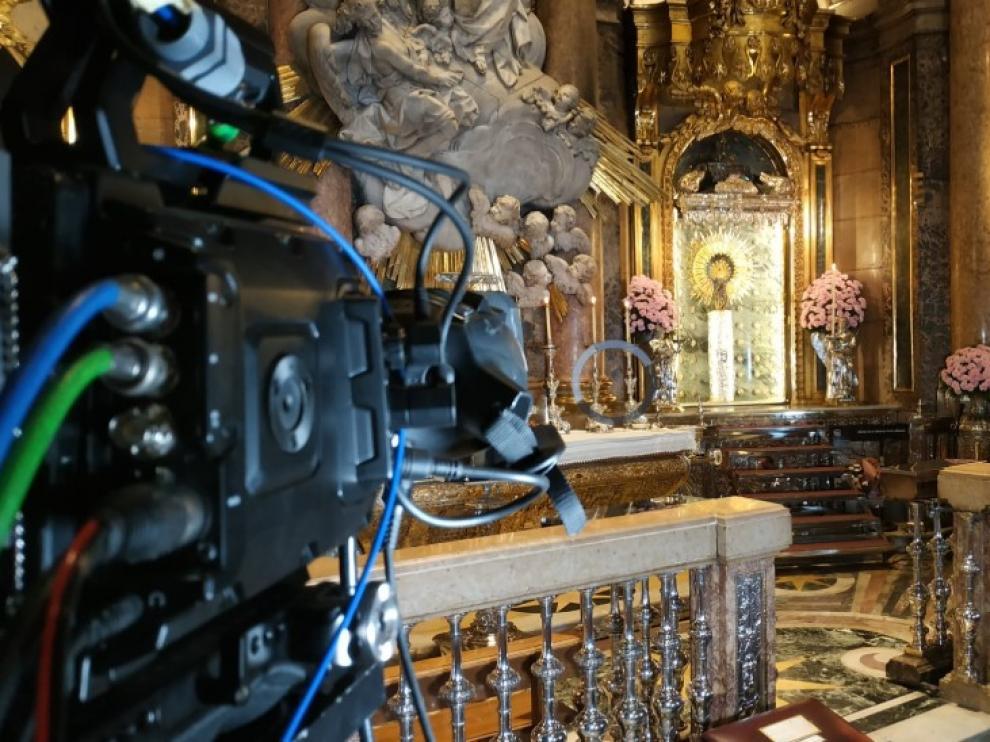 Cámara en el camarín de la Virgen del Pilar.