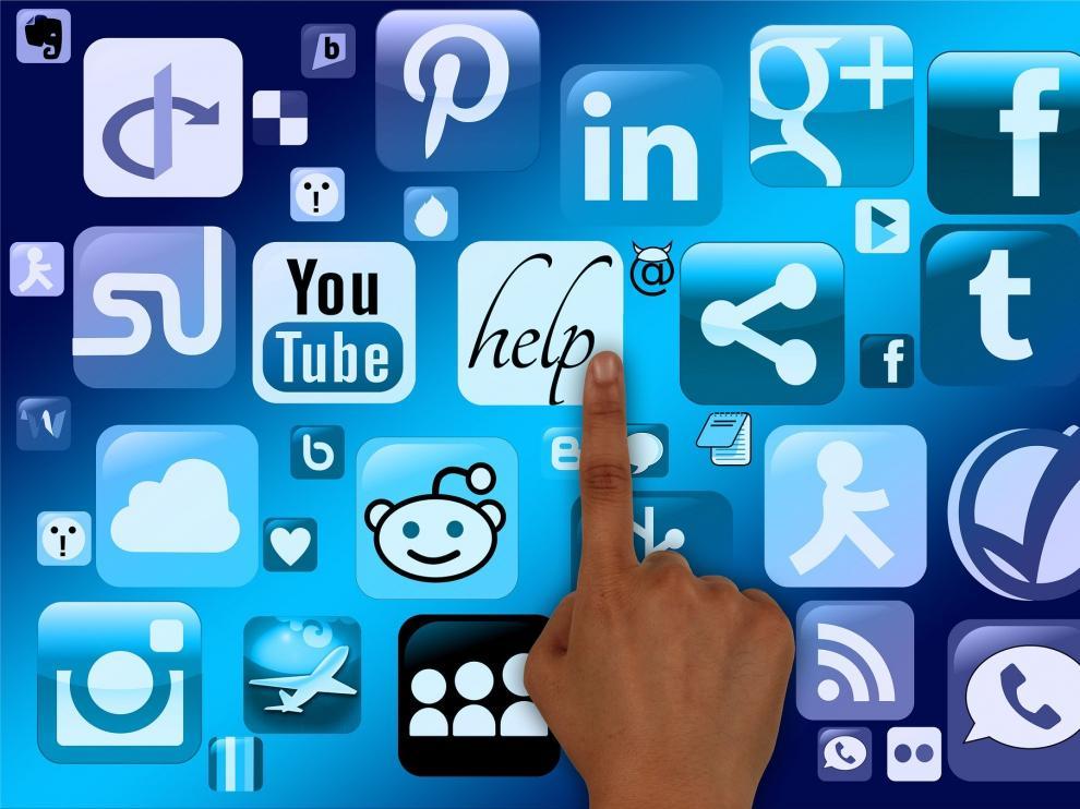Utiliza tu plataforma favorita de comunicación para transmitir explicaciones diarias a tus alumnos