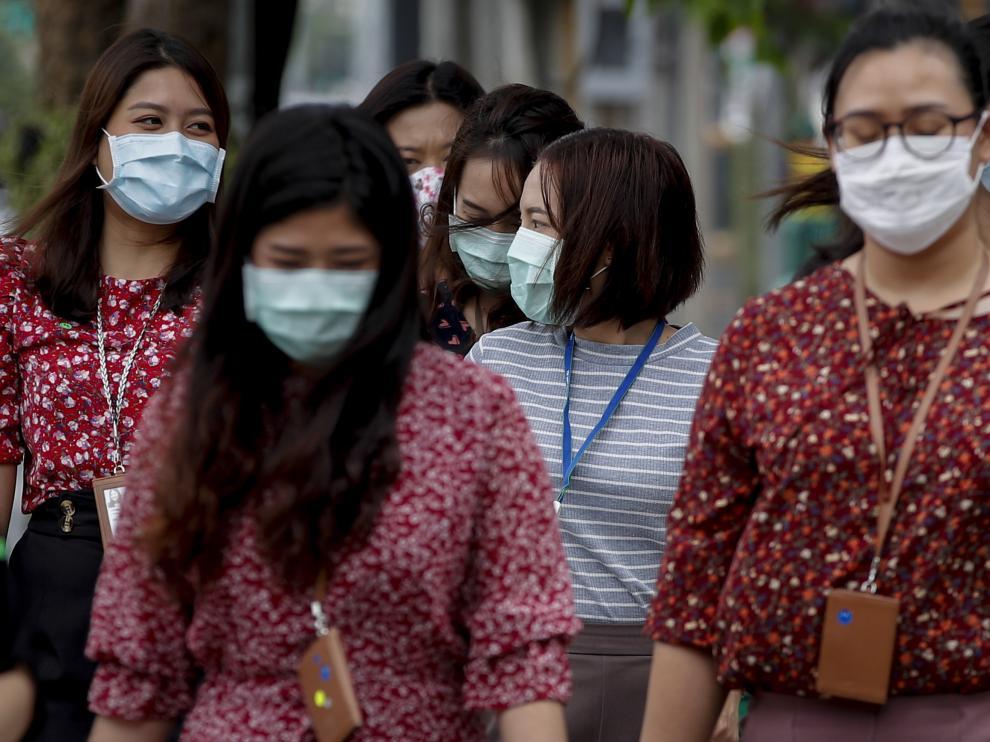 Thai authorities close schools, entertainment venues and Songkran New Year celebrations due to the Coronavirus