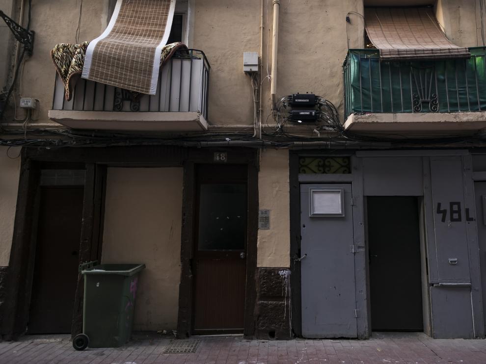 La intervención se produjo en una vivienda del número 48 de la calle de Ramón Pignatelli de Zaragoza.