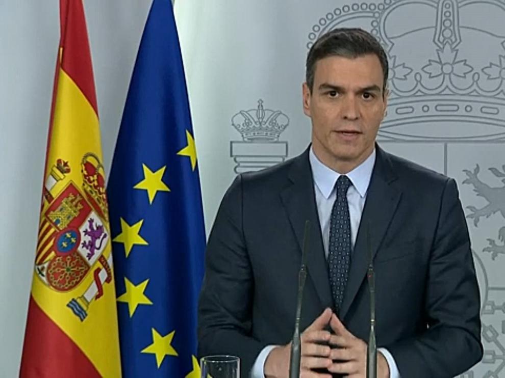 Pedro Sánchez este domingo durante su intervención desde la Moncloa.