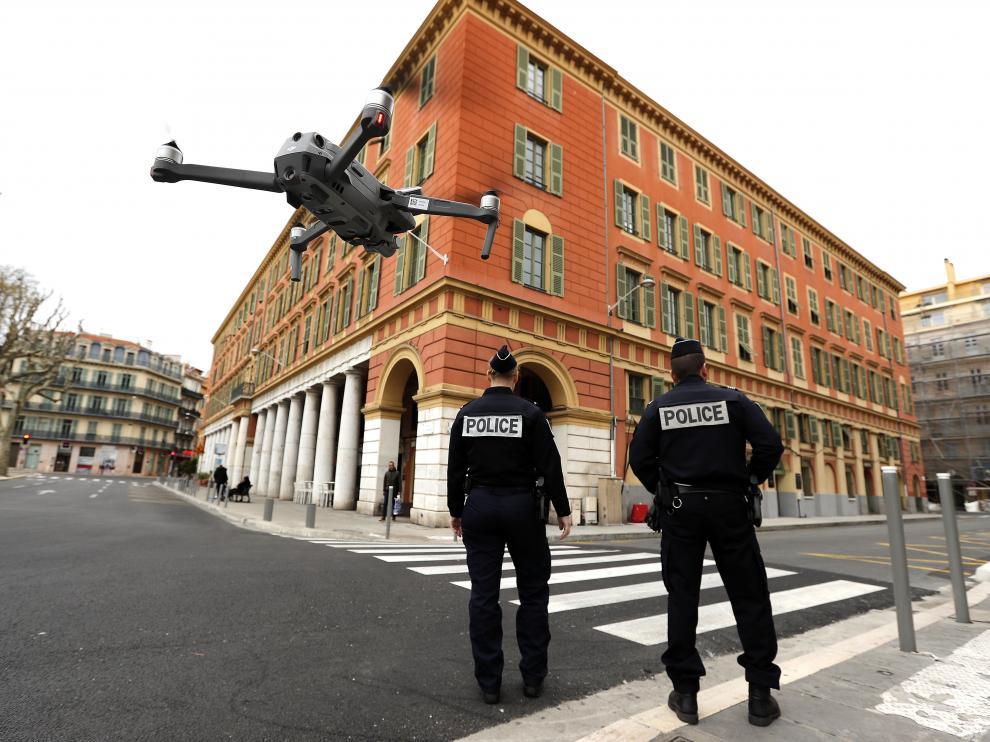 Calles de Niza vigiladas con drones