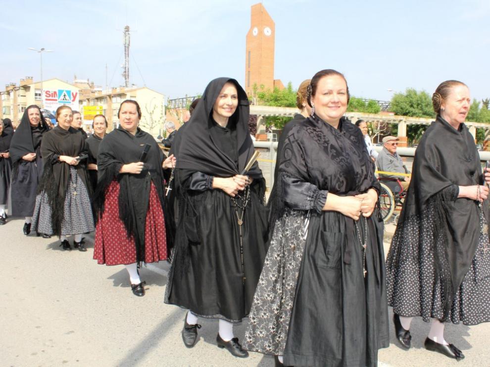 Desfile de yayas en una pasada edición del Día de la Faldeta.