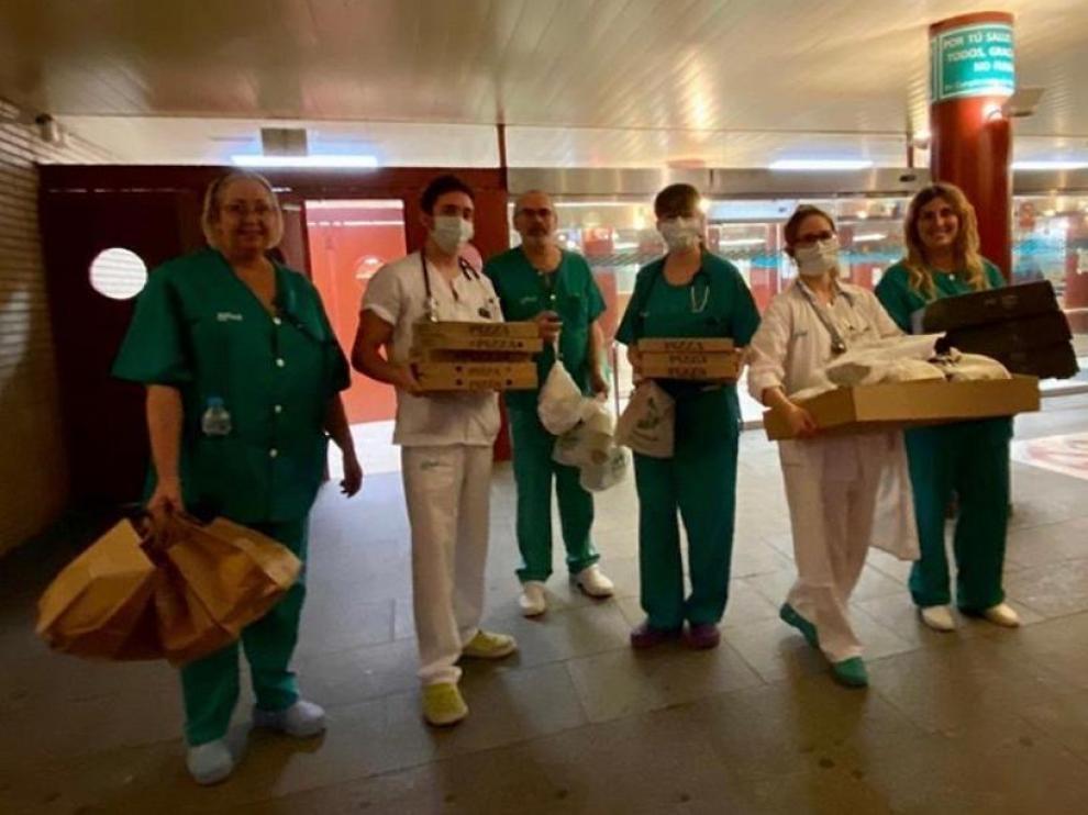 Entrega de GastroAplauSOS en el Hospital Clínico de Zaragoza