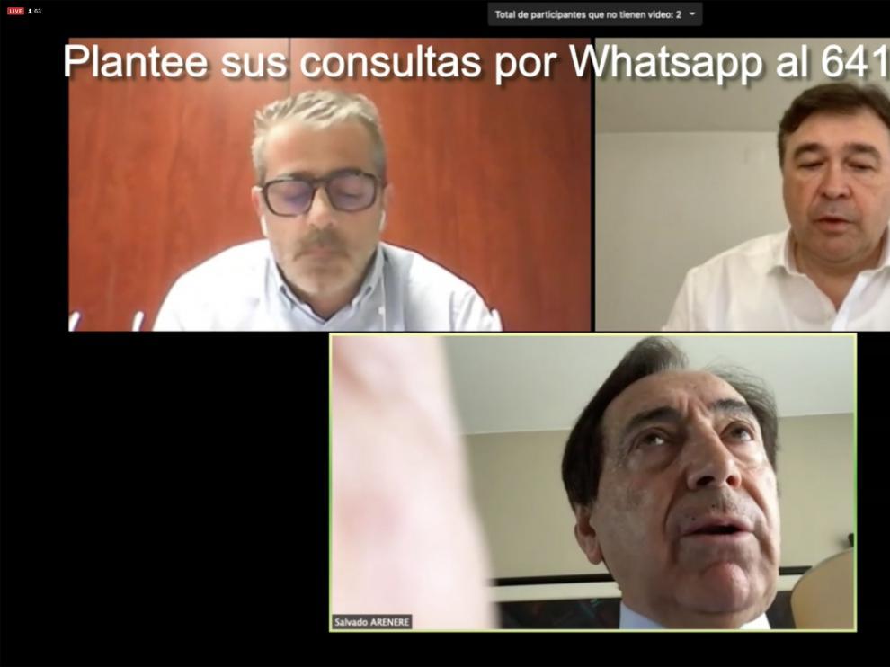 Tomás Guitarte, arriba a la derecha, durante su participación por videoconferencia en el Foro ADEA, con Salvador Arenere y Chema López.