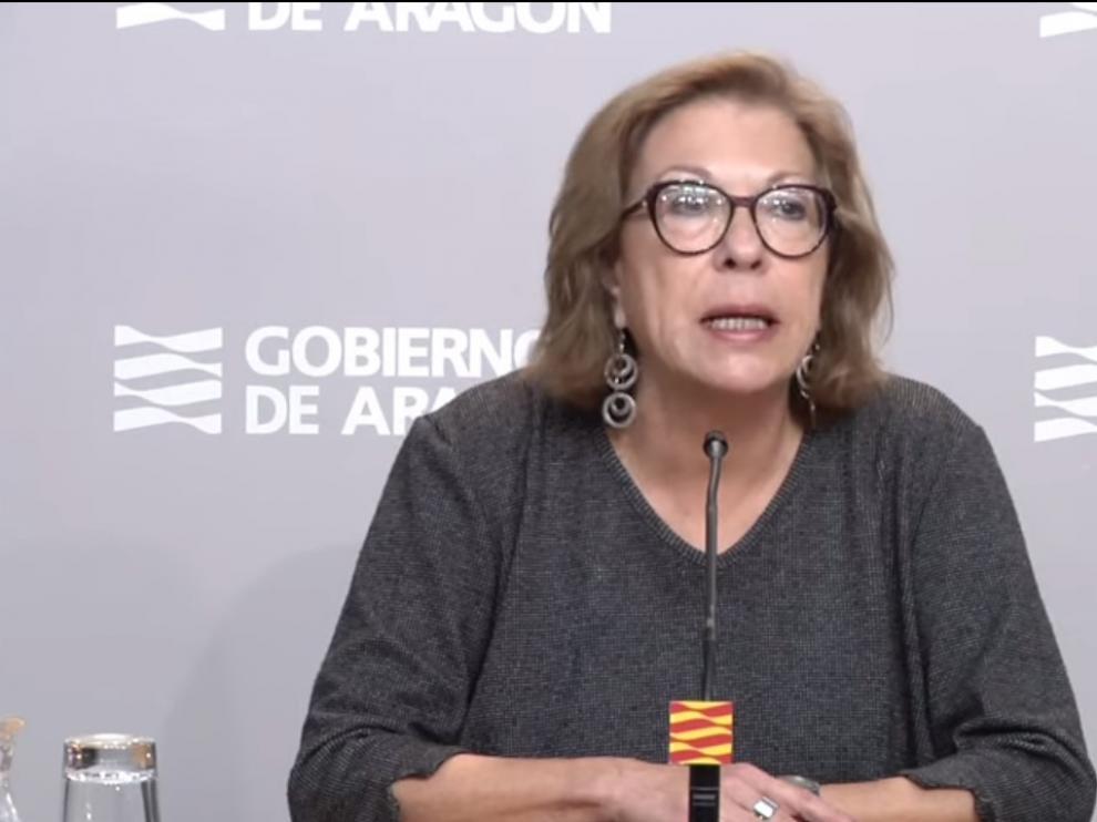Pilar Ventura, consejera de Sanidad, durante la rueda de prensa.