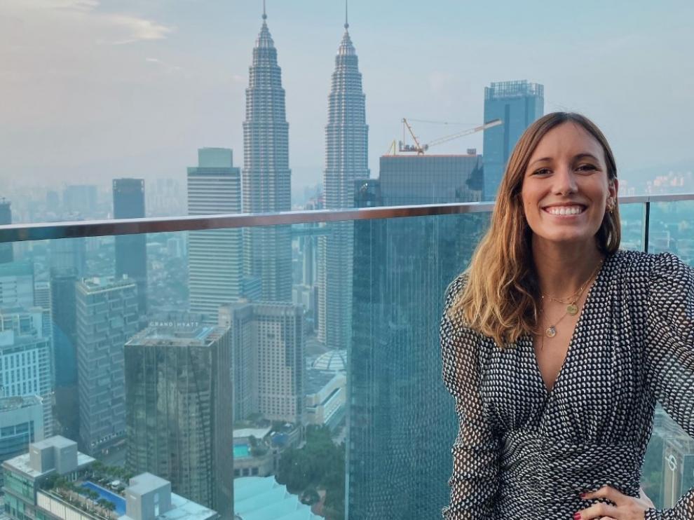 La oscense Paula Siria Lachén trabaja en Malasia desde enero como Marketing Consultant en Spanish World Group, una academia de español del sudeste asiático.