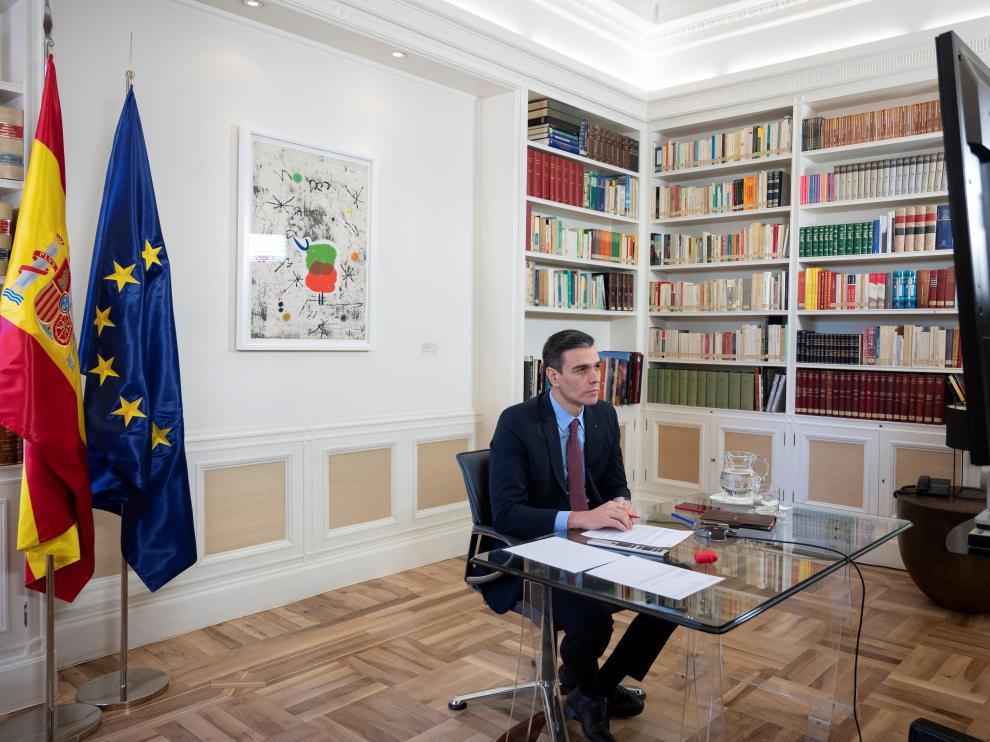 Pedro Sánchez tuvo una videoconferencia con los líderes europeos