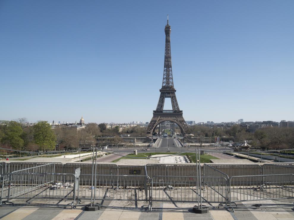 La Torre Eiffel, vacía este jueves