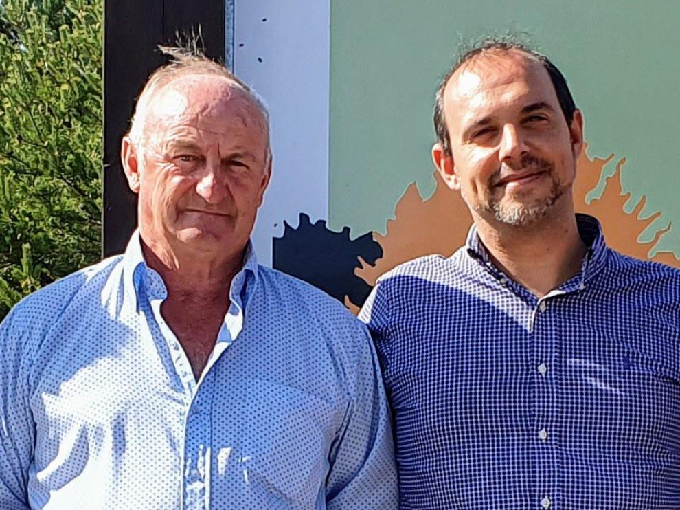 A la izquierda, Narciso Arranz, alcalde Cantalojas (Guadalajara).
