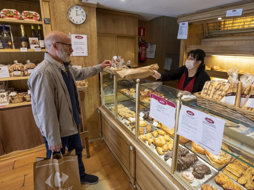 Panaderia de Horno Sanz en la calle San Juan de Teruel. Foto Antonio Garcia/Bykofoto. 27/03/20 [[[FOTOGRAFOS]]]