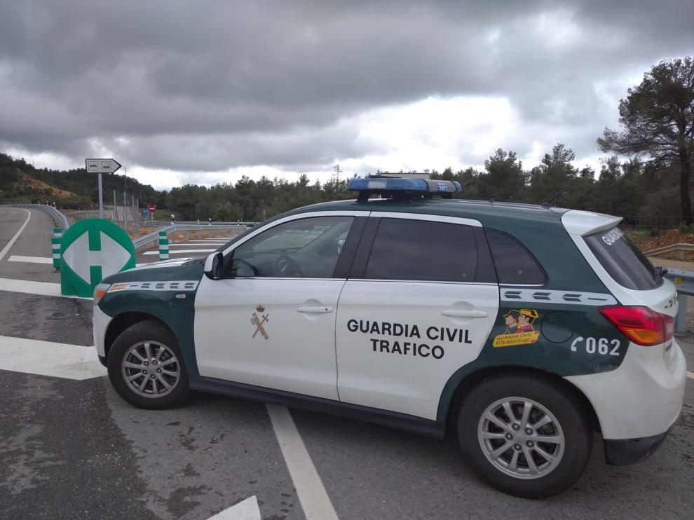 Vehículo de la Guardia Civil de Tráfico en Teruel.