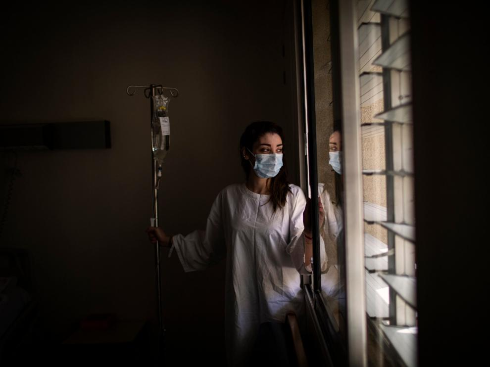La enfermera libanesa Nancy Rahme, en el hospital Hotel Dieu de Beirut; contrajo el Covid-19