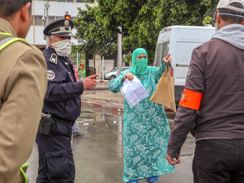La justicia marroquí procesará a cerca de 5.000 personas por violar el confinamiento por coronavirus.