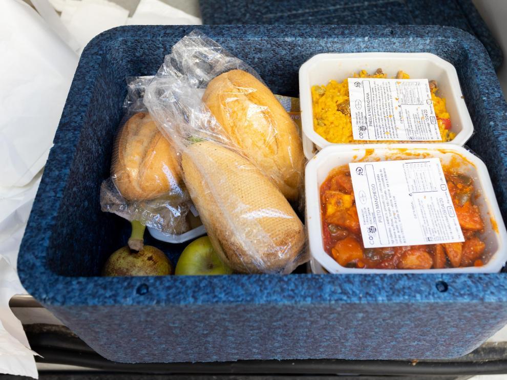 Servicio de comida a domicilio para personas mayores en Zaragoza