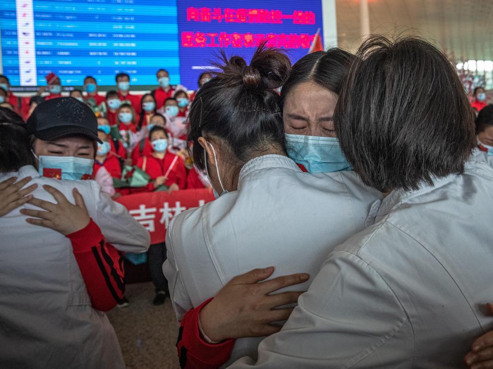 China levanta el bloqueo de Wuhan